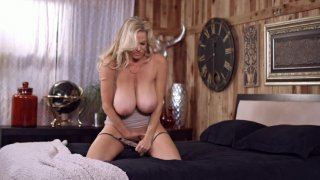 Streaming porn video still #3 from Kelly Vol. 4