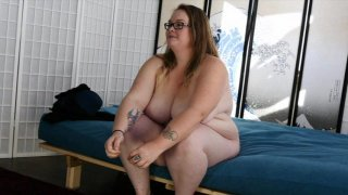 Streaming porn video still #1 from Scale Bustin Babes 62