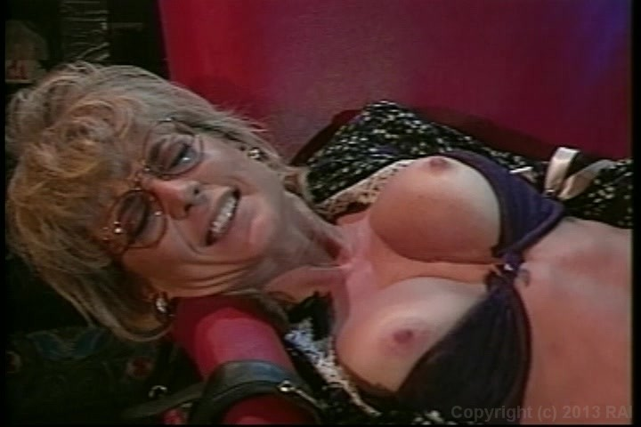 Nina hartley cunnilingus pics