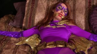 Streaming porn video still #3 from Catwoman On The Prowl