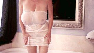 Streaming porn video still #5 from Kelly Vol. 5