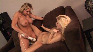 Streaming porn video still #8 from Pussy Lickin' Good
