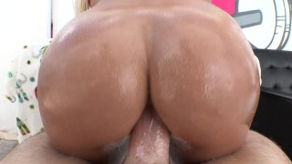 Streaming porn video still #9 from Straight Up Anal #4