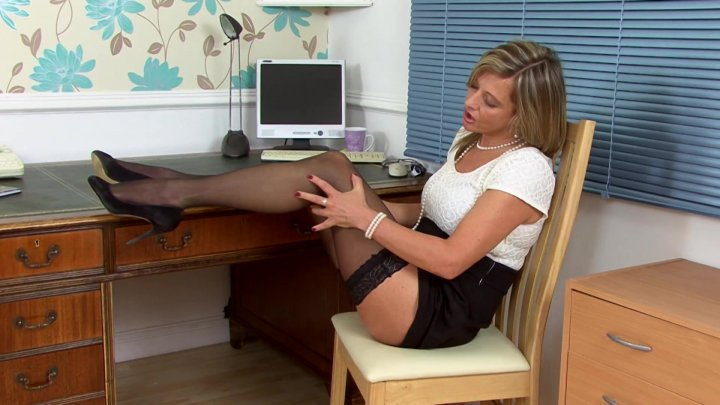 horny moms porn streaming