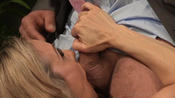 Aasian amateur deep throat