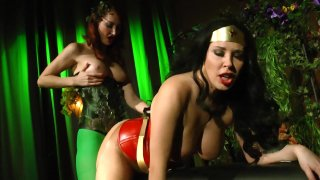 Streaming porn video still #9 from Wonder Woman vs Poison Ivy