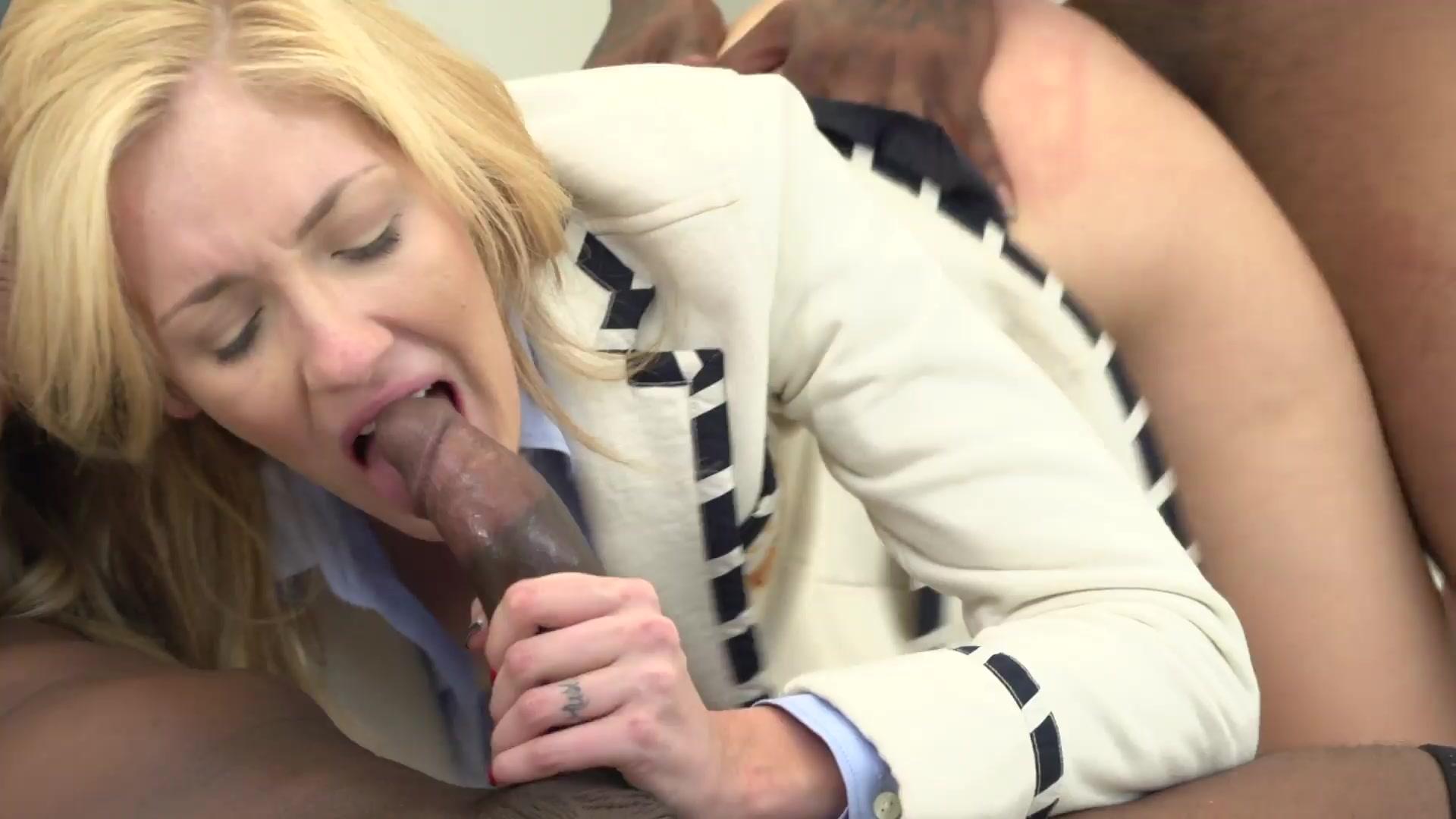 Amateur female sex voyeur