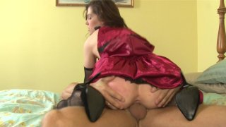 Streaming porn video still #7 from Daddy's Home 3