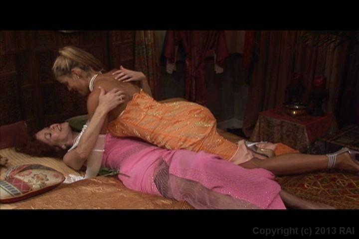 Lesbian Seductions Stream 114
