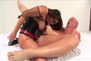 Streaming porn video still #7 from Beggin' For A Peggin'