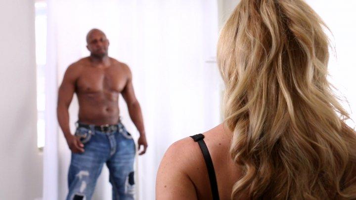 Streaming porn video still #2 from Cherie