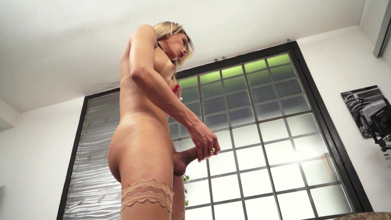 Shemale Stroker Carla Tavares 25